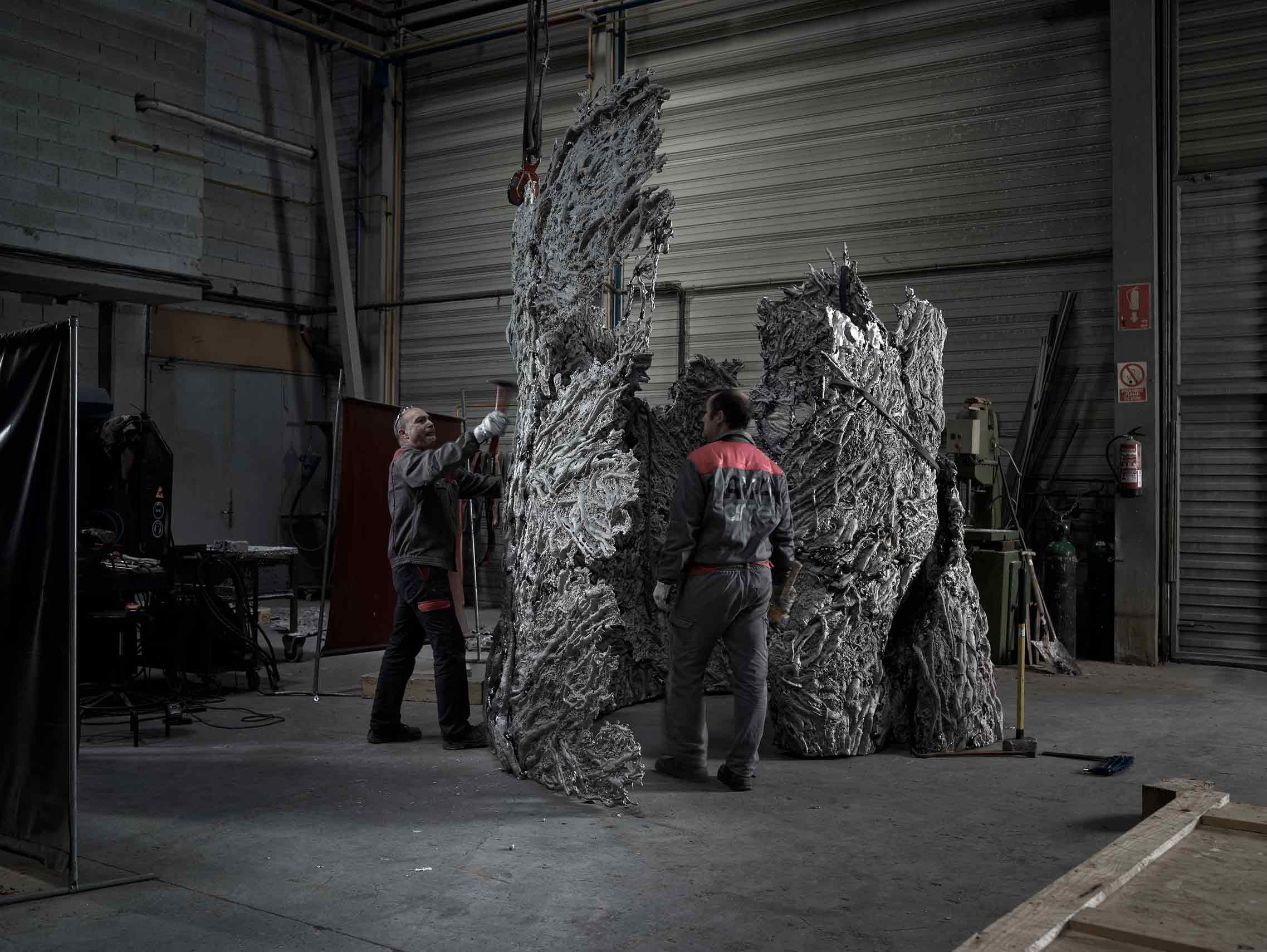 Sculpture GROWTH I, aluminum and glass, Cristina Iglesias, cast in Alfa Arte