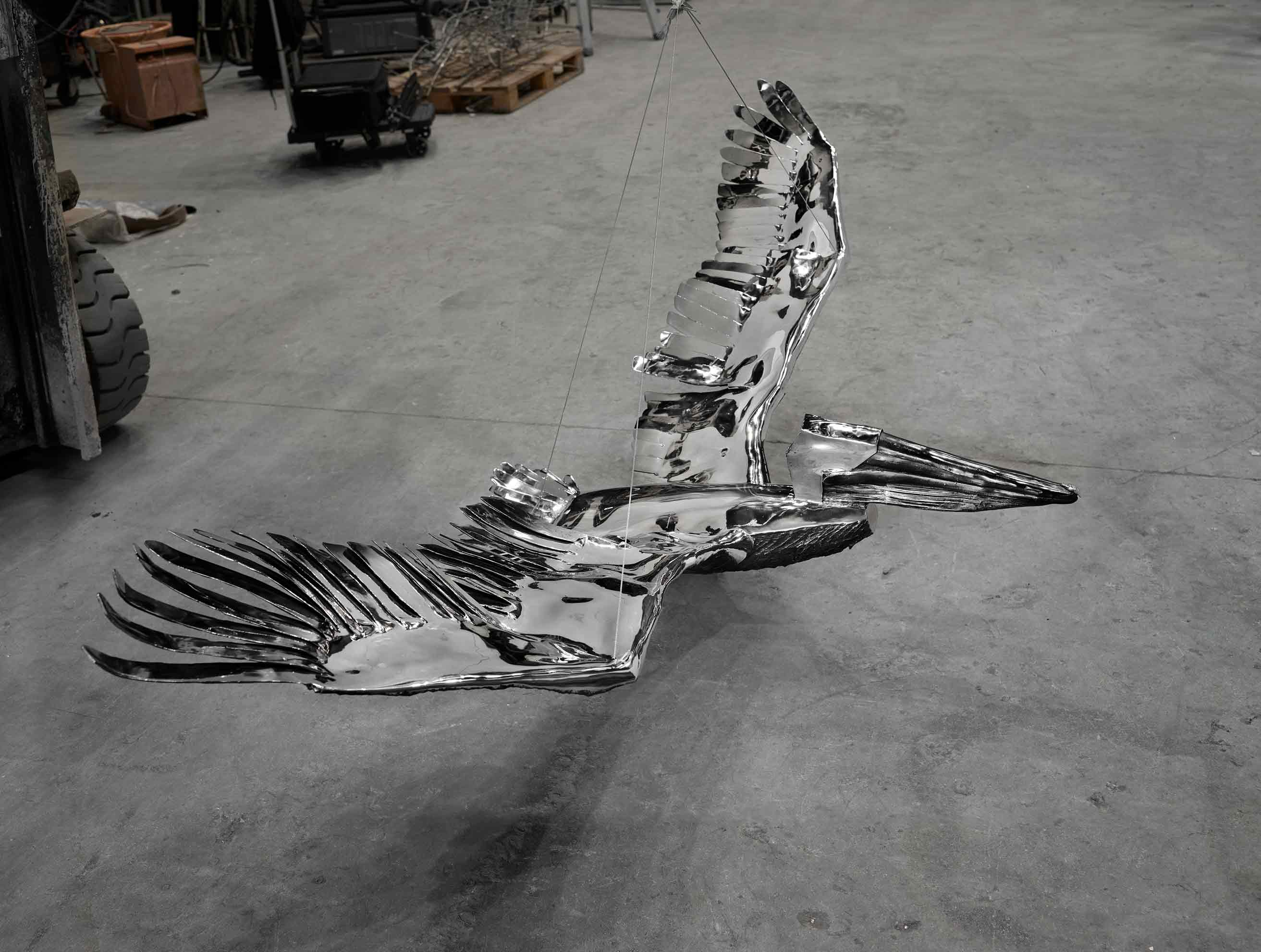 Proyecto escultórico: #PelicansFlyTogether, de Ktherine Taylor, en acero inoxidable. Fundida en Alfa Arte, instalada en St. Paul´s School, Concord, NH. USA