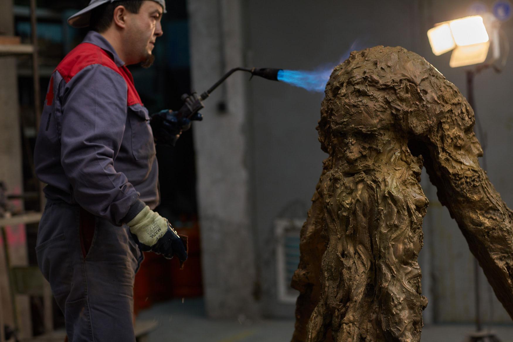 Sculpture in bronze HOMENAJE A RAMÓN LLULL. Miquel Barceló