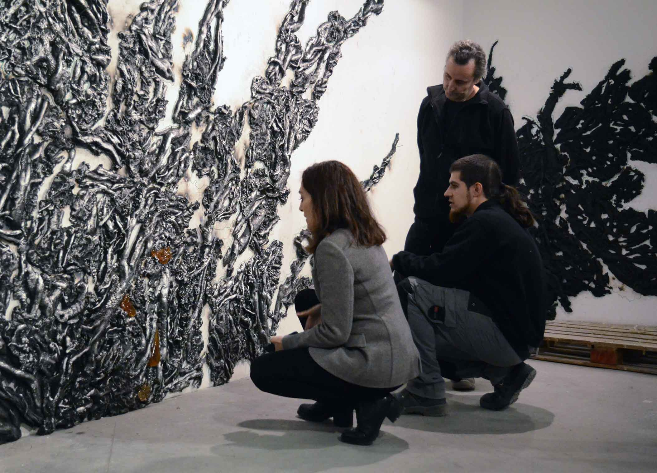 Cristina Iglesias at Alfa Arte, working on the sculptural project ENTWINED, in aluminum and resin.