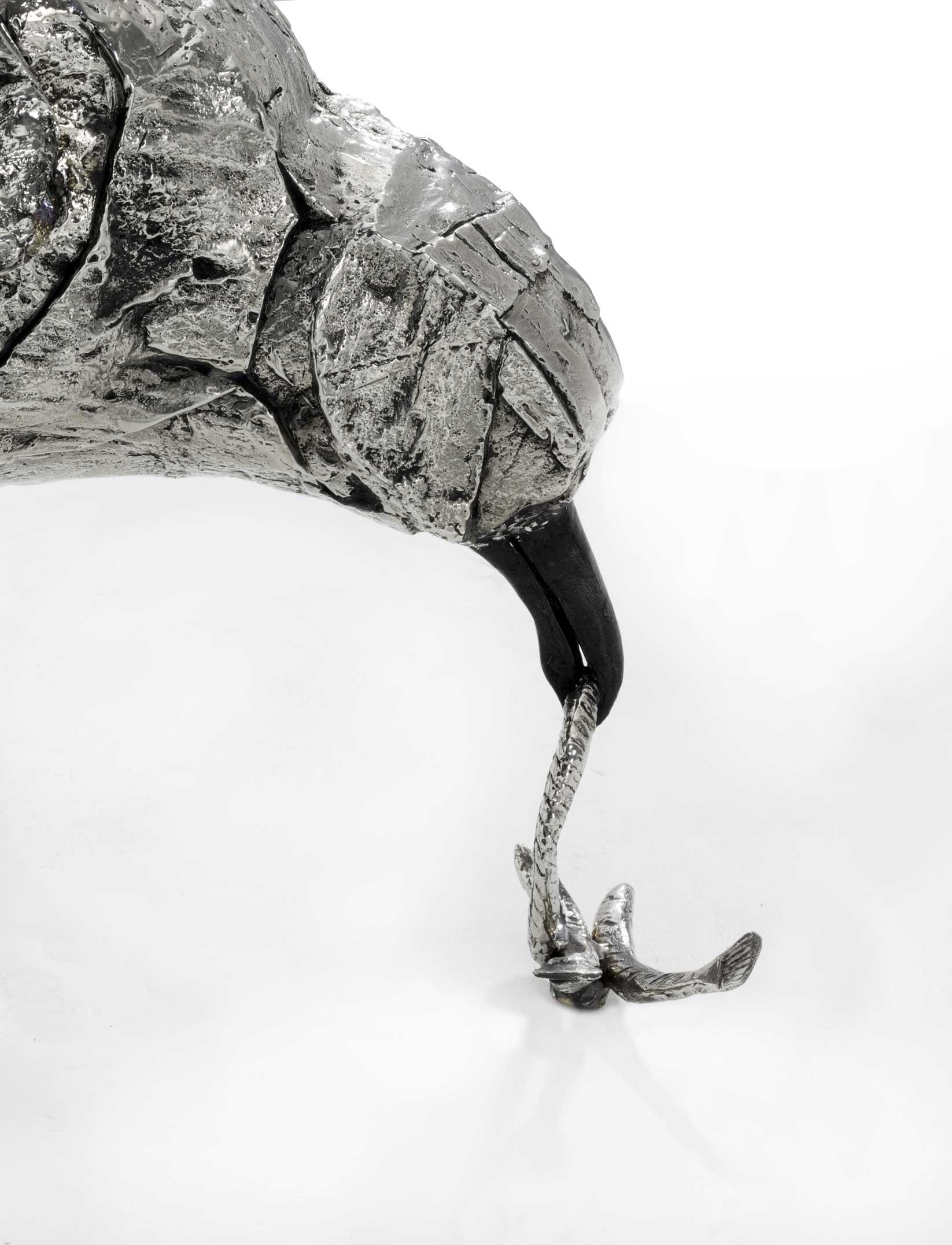 Escultura GAVIOTAS de Katherine Taylor, fragmento, realizadas en Alfa Arte, en acero inoxidable súper dúplex 5A e instaladas en un ambiente marino