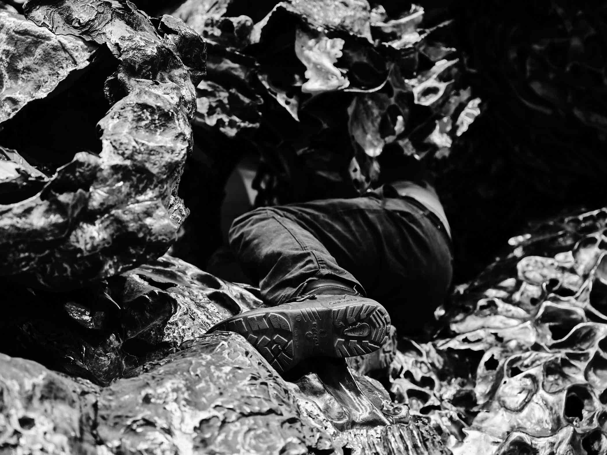 Producción en Alfa Arte de la obra escultórica HONDALEA. Proyecto de Cristina Iglesias para la Casa Faro de la Isla de Santa Clara en Donostia San Sebastián.