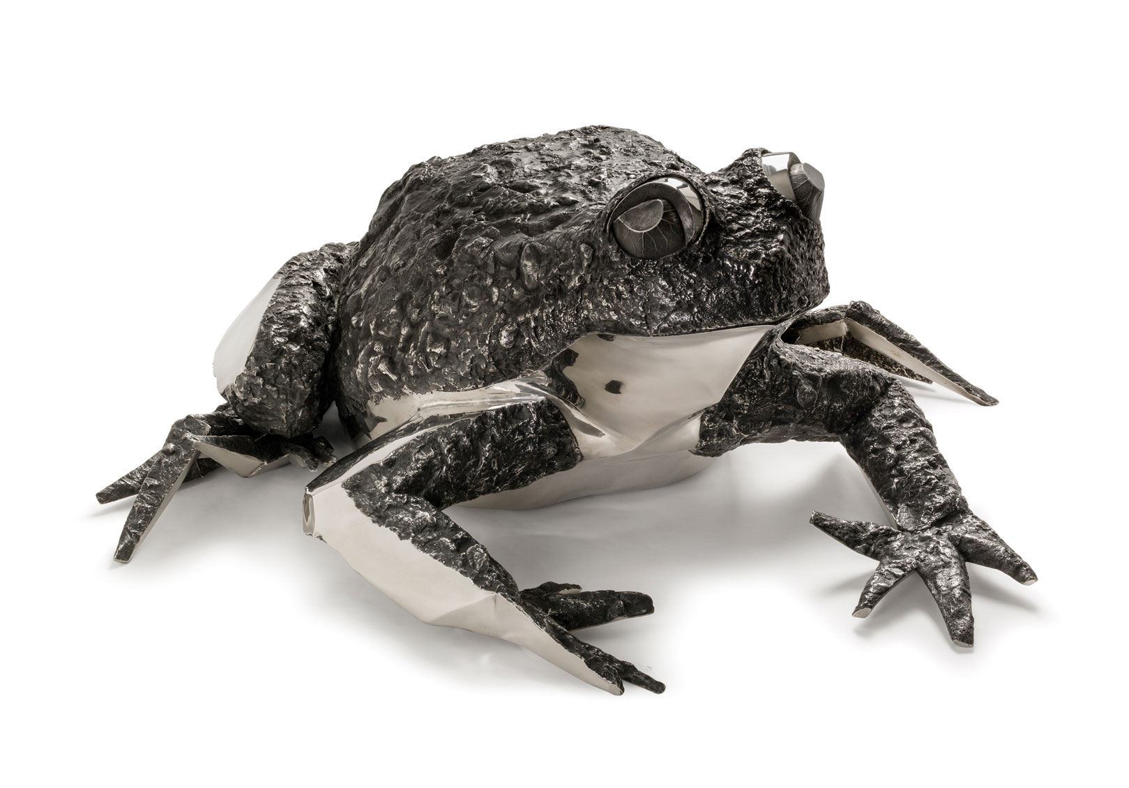 Katherine Taylor. FROGS projet, detail. Stainless steel. Alfa Arte