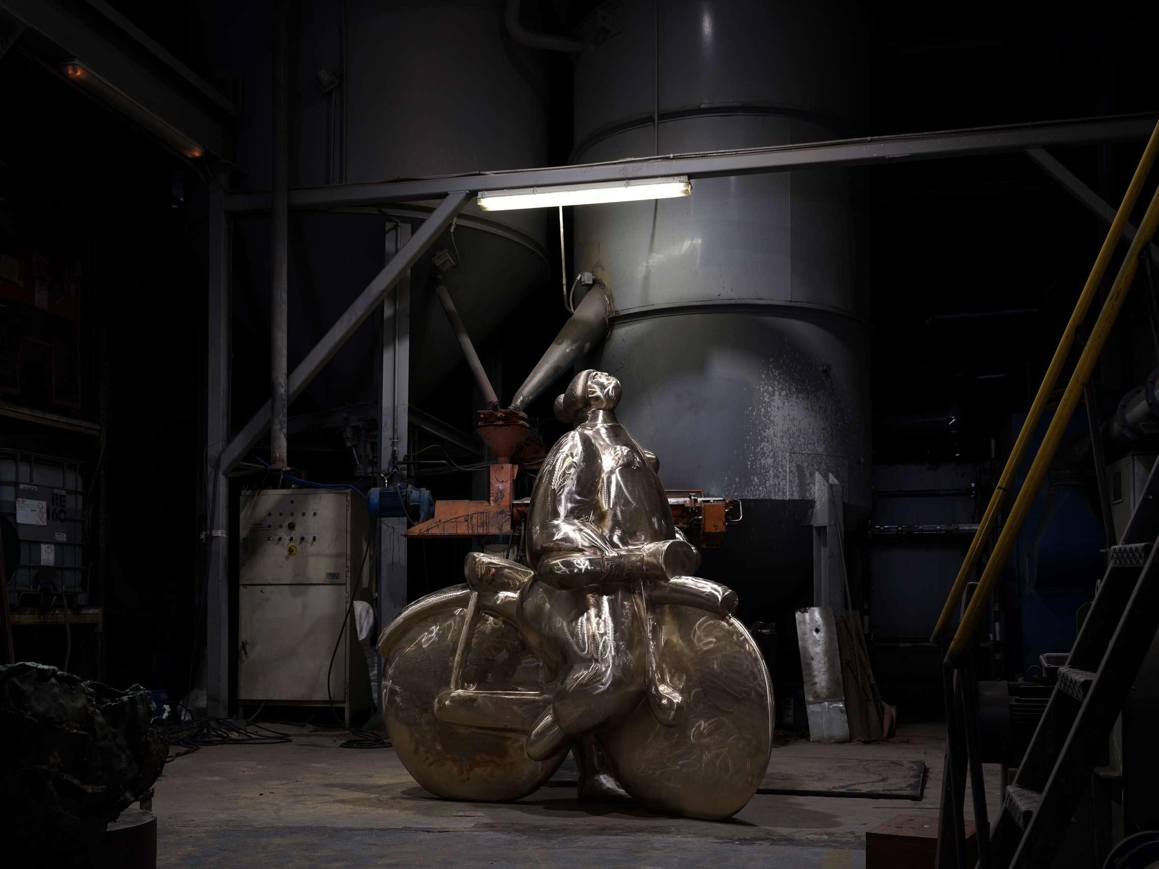 Ampliación en bronce realizada en Alfa Arte a partir de la escultura original  Menina C/ Bicicleta del escultor João Duarte para la ciudad de Setúbal en Portugal