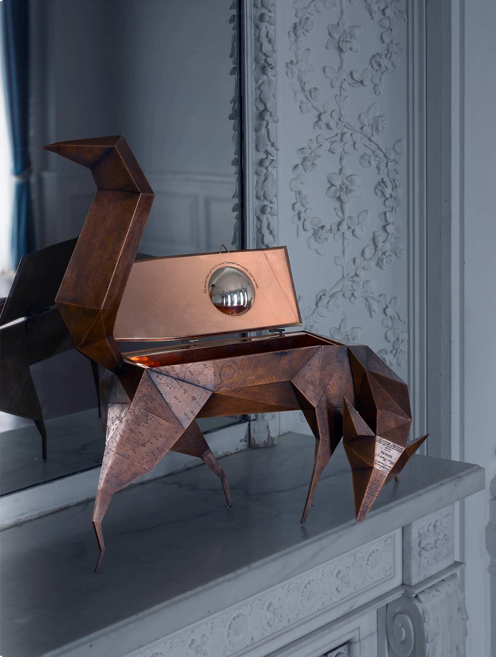 VULPES. Zorro joyero del diseñador Santos Bregaña para la firma NUMENA. Fabricado en Alfa Arte