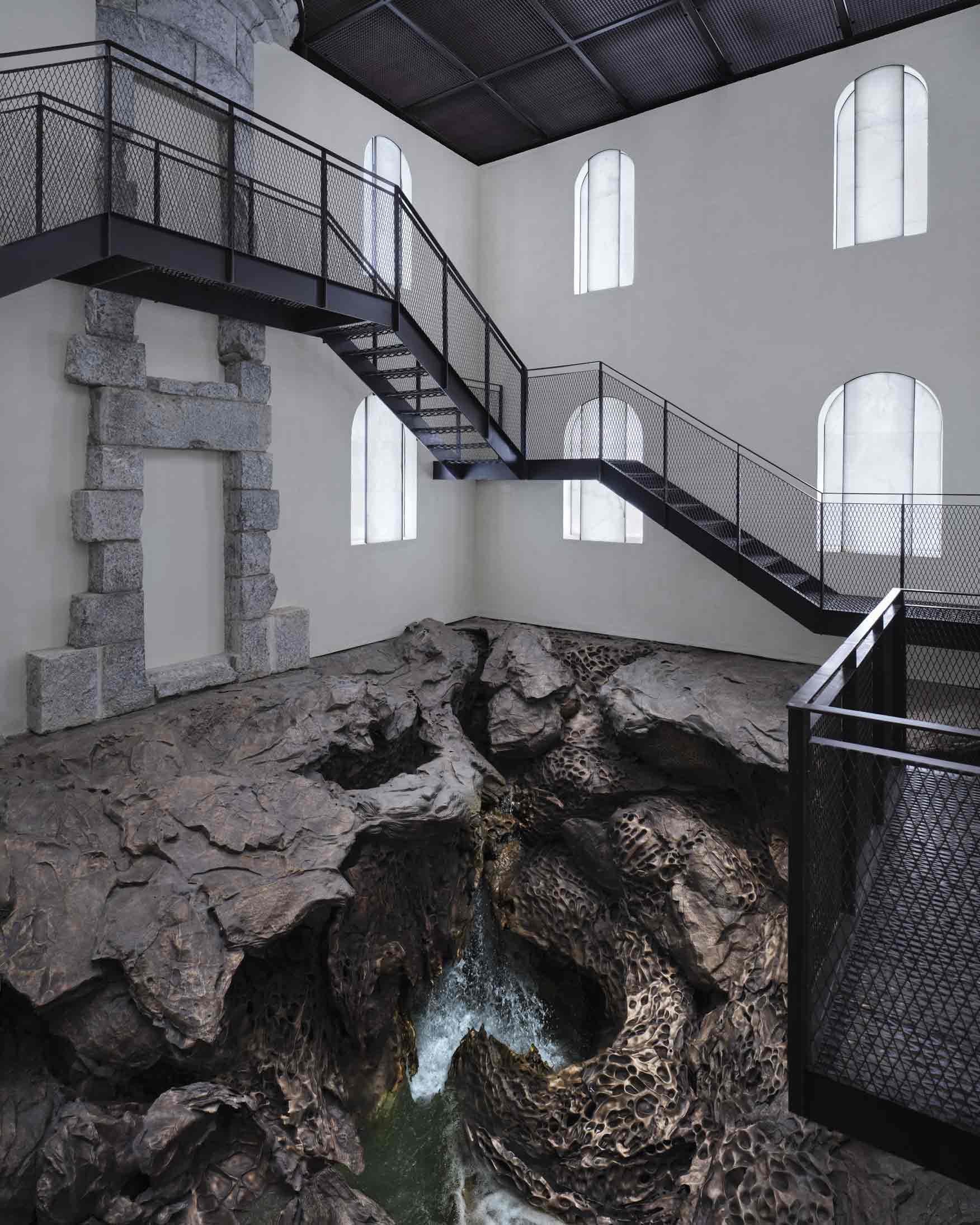HONDALEA, obra de Cristina Iglesias para la Casa Faro de la Isla de Santa Clara en Donostia San Sebastián, producida por Alfa Arte.